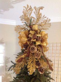 ~ Living a Beautiful Life ~ Christmas Tree Topper - Glamorous Golds! Elegant Christmas Trees, Christmas Tree Tops, Gold Christmas Decorations, Christmas Tree Themes, Christmas Holidays, Christmas Wreaths, Christmas Crafts, Xmas Tree Toppers, Christmas Topper