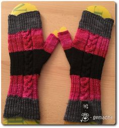 Knitting Patterns Mittens Since I found out at the last cuff-knitting that I have no real instructions here … Knitting Websites, Knitting Blogs, Knitting Designs, Knitting Socks, Knitting Projects, Baby Knitting, Knitting Patterns, Knitted Booties, Knitted Coat