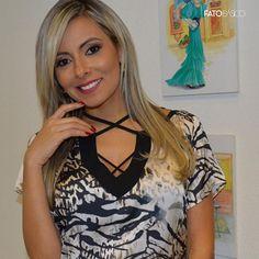 A nossa cliente Felícia Batista arrasou na escolha do look. Destaque para a blusa modelo strappy + animal print. Coleção Outono Inverno 2016 #fatobasico #elasusamfb #outono #inverno #fashion #style #fashion