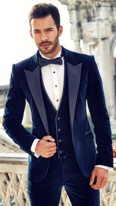 #BarışArduç    Gaby Turkish People, Turkish Men, Turkish Beauty, Turkish Actors, Black Tie Affair, Dapper Gentleman, Hot Actors, Suit And Tie, Barista