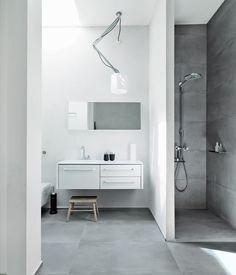 Similar shower alcove