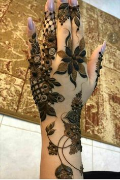 50 Most beautiful Chandigarh Mehndi Design (Chandigarh Henna Design) that you can apply on your Beautiful Hands and Body in daily life. Khafif Mehndi Design, Henna Art Designs, Wedding Mehndi Designs, Mehndi Design Pictures, Bridal Mehndi, Mehandi Designs, Henna Mehndi, Mehndi Images, Heena Design