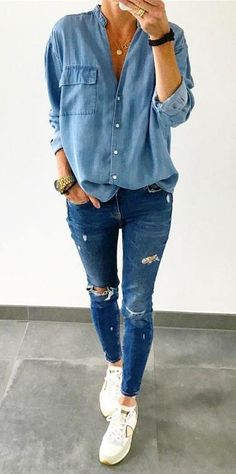 ripped jeans diy Click VISIT above for more options Outfit Jeans, Denim Shirt Outfit Summer, Jean Shirt Outfits, Bluse Outfit, Sneakers Outfit Summer, Blue Shirt With Jeans, Pink Sneakers, Ripped Jeans, Skinny Jeans