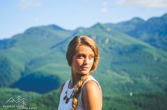 Senior Portraits at Rattlesnake Ridge in North Bend, Washington by local Tacoma photographer, Rebecca Anne Photography.