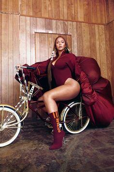 Beyonce, Ivy Park and Adidas Estilo Beyonce, Beyonce Style, Beyonce Body, Beyonce Knowles Carter, Beyonce And Jay Z, Beyonce Run The World, Ivy Park Beyonce, Blue Ivy, Curvy Women Fashion