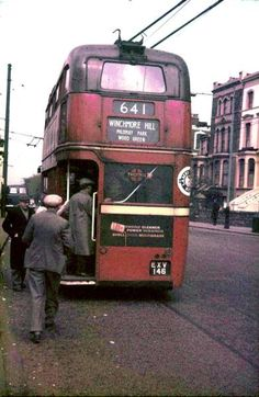 Trolley bus for Winchmore Hill at Manor House, late 1950s/early 60s