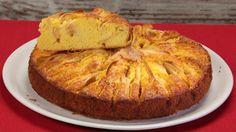 Ricetta Torta di mele rustica: Questa ricetta vi darà come risultato una bella torta di mele facile da preparare e perfetta per delle merende golose, sane e nutrienti! Provatela!