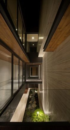Stone is a great solution to enhance simple architecture keeping cleanes and simplicity.
