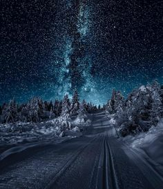 Amazingly clear winter night in Norway Fast Crazy Nature Deals. Winter Photography, Landscape Photography, Night Photography, Travel Photography, Photography Ideas, Landscape Pics, Photography Accessories, Photography Aesthetic, Ocean Photography