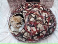 Cat Cave FREE snake/ball SMLXL Felted Cat bed Felt by FeltCatCave