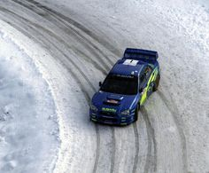 Subaru Impreza on snowy road