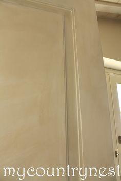 Effetto country-shabby per le porte di casa in tempi ragionevoli