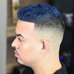 20 Best Hair Color For Guys In 2018 - Men's Hairstyles Mens Hair Colour, Cool Hair Color, Different Hair Colors, New Hair Colors, Creative Hairstyles, Cool Hairstyles, Blonde Hair, Men's Hair, Gorgeous Blonde