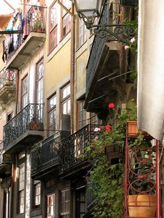 Varandas do Porto :) www.webook.pt #webookporto #porto #arquitectura