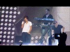 Little Things - One Direction JBB 2012 (Narry moment!)