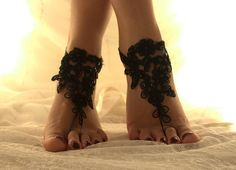 FREE SHİPP Black Lace Beach Wedding Barefoot Sandals,  Nude shoes, Gothic, Wedding Shoes, Lace Anklet ,Lace Barefoot Sandals