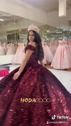 Cinderella Quinceanera Dress, Burgundy Quinceanera Dresses, Princess Prom Dresses, Princess Ball Gowns, Quince Dresses Burgundy, Sweet Sixteen Dresses, Red Sweet 16 Dresses, Pretty Dresses, Ball Gown Dresses