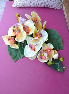 RAMO ORCHIDEA - Mod. 01 - PatriziaB.com  Elegante mazzo di orchidee, nei toni dell'arancio e del giallo oro, per donare un particolare tocco di luce agli ambienti