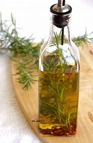 PHTHALATE FREE JUST SCENT ROSEMARY MINT Fragrance Oil - Super refreshing - this is a surprise int he bottle!  You won't expect the fabulous scent when it hits your nose!  Try this fabulous twist of Rosemary and spearmint leaves!  This is a very minty herbal aromatic blend.  Very Refreshing! Super strong! Excellent in soy and is bath and body safe! 200 FP.   Click on the picture and add your product review! Tested in CP soap ~ 1oz ppo ~ mixing temp 100-110 ~ ...