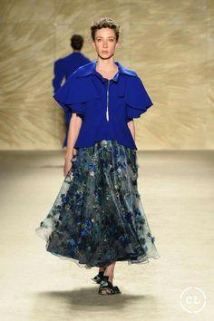 @mariaelenavillamil  #mujereseneljardin #romanticismo #feminidad  #vibroconlamoda #colombiamods2017  🍃👏🍃👏🍃👏🍃 Ballet Skirt, Skirts, Fashion, Romanticism, Women, Moda, Tutu, Fashion Styles, Skirt
