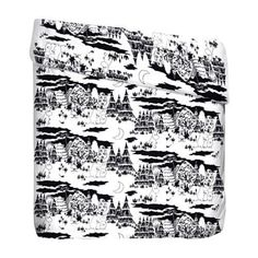 The lovely Evening Moomin Duvet cover set leads you away to fairytale-like dreams. The pattern, inspired by Tove Janssons original drawings,  shows Moomintroll, Snufkin, Little My and other inhabitants of the Moominvalley adventuring through the forest at night. Be a part of the adventure! Finlayson's quality fabric is 100% cotton.