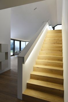 93 Stunning Modern Entrance Staircase Design Ideas - Breathtaking Modern Entrance Staircase Style and Style Thoughts - the Conspiracy Conventional will not need to suggest monotonously. Some modern-day Modern Entrance, Entrance Design, Modern Stairs, Interior Stairs, House Stairs, Stair Railing, Staircase Design, Stairways, Sweet Home