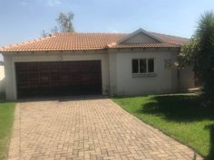3 Bedroom House in Highveld Park photo number 1