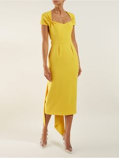 Amal tie-back crepe dress Dressy Dresses, Simple Dresses, Beautiful Dresses, Short Dresses, Classy Casual, Classy Dress, Stella Mccartney Dresses, Red Carpet Gowns, Catwalk Fashion