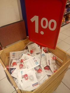 prijsdistributie; het aanbieden van producten voor een lage prijs