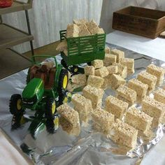 My future son will have a John Deere party! My future son will have a John Deere party! Tractor Birthday Cakes, Cowboy Birthday Party, Boy Birthday Parties, 2nd Birthday, Birthday Ideas, Tractor Cakes, Country Birthday Party, Rodeo Birthday, Red Tractor