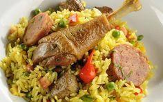 Arroz de Puta Rica. Veja a receita. Portuguese Steak, Portuguese Recipes, Risotto Recipes, Rice Recipes, Healthy Recipes, Red Rice Recipe, Cookery Books, Food Inspiration, Food And Drink