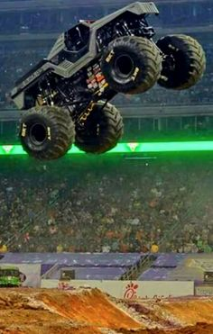 Grave Digger Monster Truck Grave Digger Tribute Publish With
