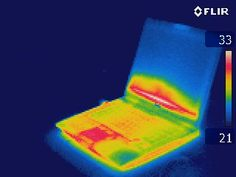 Thermographie d'un PC portable Thermography of a laptop