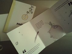 Trabajo de la facu, ya hace un tiempo.  Ilustración y diseño de folleto para librería infantil.