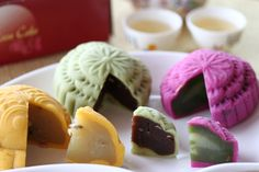 Mooncakes for the Autumn Festival