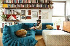 Totaly in love with Ligne Roset Togo Sofa! Design Eclético, Deco Design, Sofa Design, House Design, Interior Design, Design Ideas, Sofa Furniture, Furniture Design, Habitat Furniture