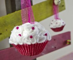 felt cupcake ornament | Felt Tucked Cupcake Ornaments