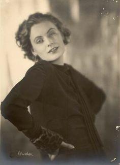 """allgarbo: """"""""Greta Garbo, c. 1925 """" """""""