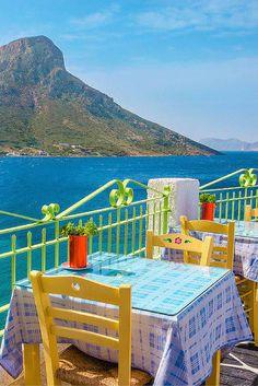 Fiets het hele eiland af, ga chillen op het strand of zoek de aller mooiste plekjes op van Kos! Er zijn heel veel mooie plekjes, dus dat gaat helemaal goed komen! Tussendoor kun je lekker genieten van de Griekse gerechten en bijkomen op een van de sfeervolle terrasjes. Ben jij klaar om de zon op te gaan zoeken? Pak dan je koffer en op naar Kos!