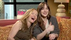 Dakota Johnson and Leslie Mann Shamelessly Hit On Reporter Mid-Interview
