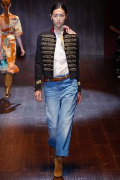 """Gucci - Vogue """"The New Festival Girl"""" - Spring 2015 Trends 2015 Fashion Trends, 2015 Trends, Runway Fashion, Fashion Show, Milan Fashion, Gucci Fashion, Military Chic, Festival Girls, Gucci Spring"""