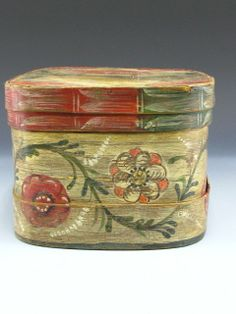 A GOOD EARLY PAINTED BRIDE'S BOX : Lot 1330