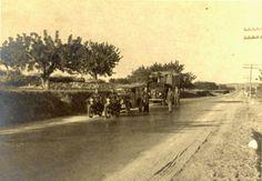 Traslado de obras de arte de Madrid a Valencia durante la Guerra Civil Española.  Los camiones iban a 40 km/h. para no dañar las obras de arte durante todo el recorrido.