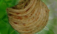 Hi guys, After the numerous requests on how to make soft layered chapatis I have decided to post a detailed recipe and tips on how to make soft and sweet layered chapatis. - all purpos. African Chapati Recipe, Soft Chapati Recipe, Chapati Recipes, Roti Recipe, Donut Recipes, Copycat Recipes, Gourmet Recipes, Cooking Recipes, Healthy Recipes