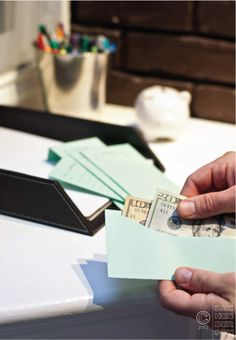 Budgeting With Cash Envelopes. This method and template could easily be adopted to dole out allowance or holiday shopping money. It is a great way to show kids how to manage their own money. Budget Envelopes, Money Envelopes, Budgeting Tools, Budgeting Finances, Money Tips, Money Saving Tips, Living On A Budget, Frugal Living, Cash Envelope System