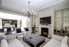 7 Bedroom House for sale in Fresnaye - P24-104957375