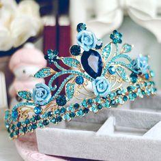 Sparkly 2017 Royal Blue Crystal Rhinestone Metal Tiara Bridal Jewelry – Elisa Basulto - Touching and Emotional Image Bridal Jewelry Sets, Bridal Necklace, Bridal Accessories, Wedding Jewelry, Jewelry Accessories, Necklace Set, Jewelry Design, Headpiece Jewelry, Hair Jewelry
