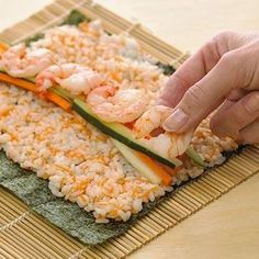 Easy & Healthy California Sushi Rolls - It would be so much fun to make sushi sometime!!