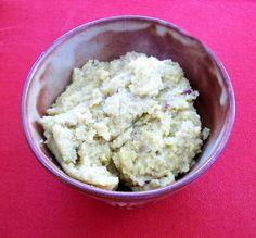 Schatz was koch ich heute? - vegan kochen, backen, essen und genießen: Veganes Grieshalwa - alt. mit Stevia - Indien  Das Grieskoch gibt es nicht nur für die kleinen, sondern auch für die großen Erdenbürger und es schmeckt Ihnen.  Hier  das vegane Rezept für die Großen. Ein Rezept alternativ mit Stevia oder Zucker.  http://schatzwaskochichheute.blogspot.co.at/2013/02/vegan-grieshalwa-alt-mit-stevia-indien.html Laß es Dir schmecken :-) #vegan #bio #regional #saisonal #rezepte #dessert…