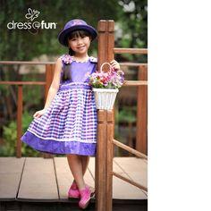 violet dress Casual Party Dresses, Violet Dresses, Harajuku, Kids Fashion, Mom, Vintage, Child Fashion, Kids Outfits, Vintage Comics